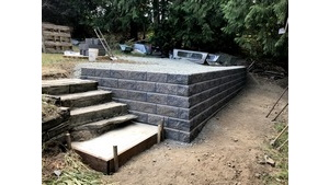 Rockwork - Shawnigan Lake Allan Block Wall Project